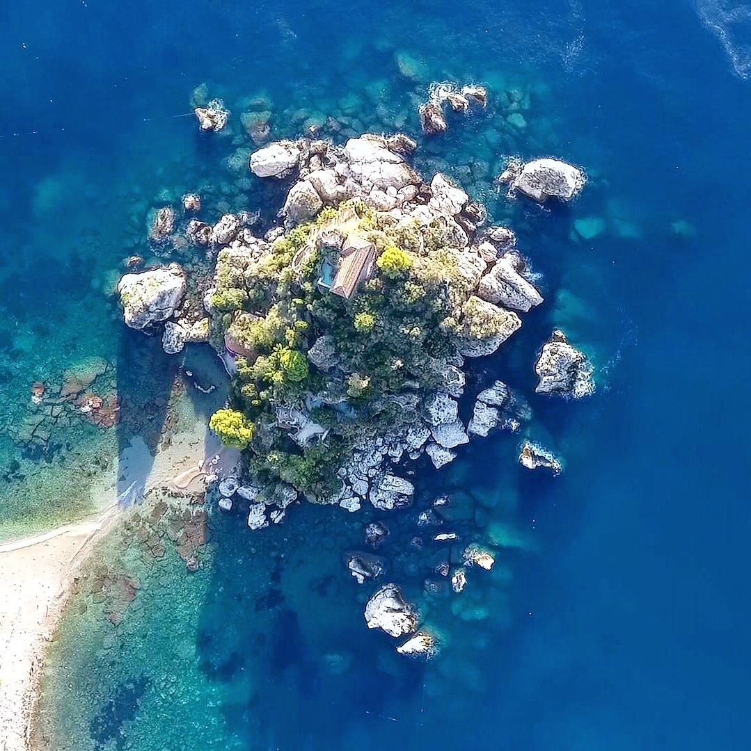Isola Bella lives up to its name!