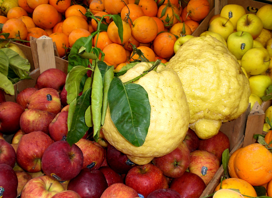 giant lemons found in a market in Naples near the Sorrento and Amalfi coastline where they make Limoncello with Seen by Solomon travel blog . spotted 2