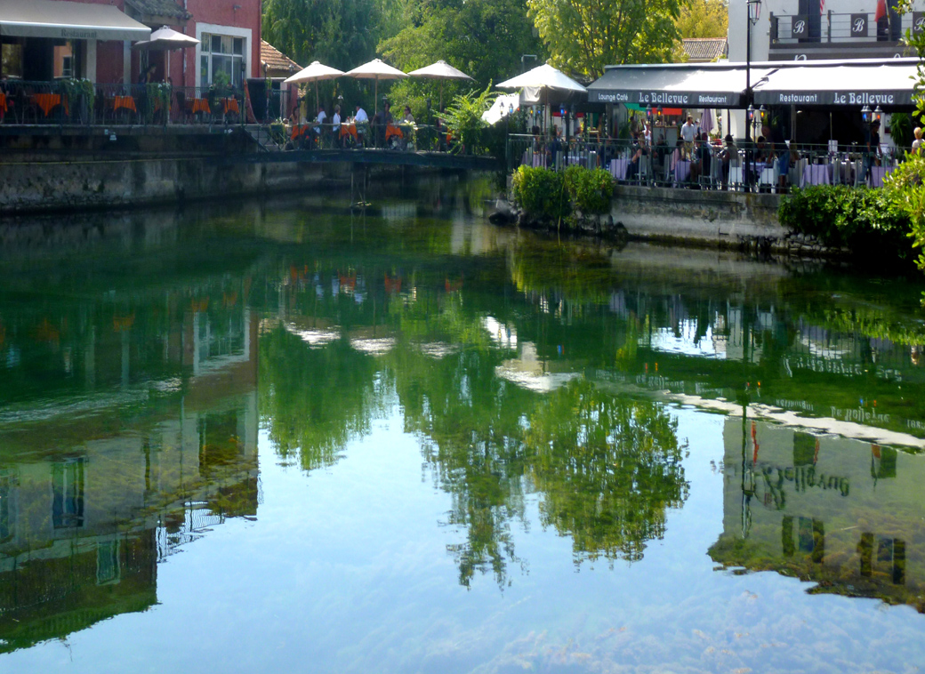 L'isle Sur la Sorgue in Provence France waterside eateries with Seen by Solomon travel blog